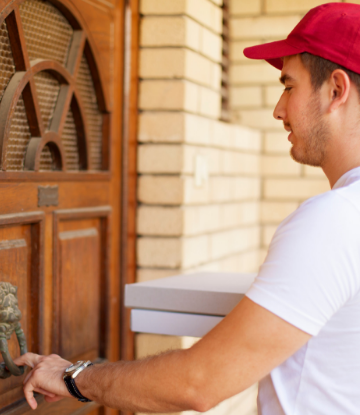 Supply Chain Scene, image of food delivery person at the door